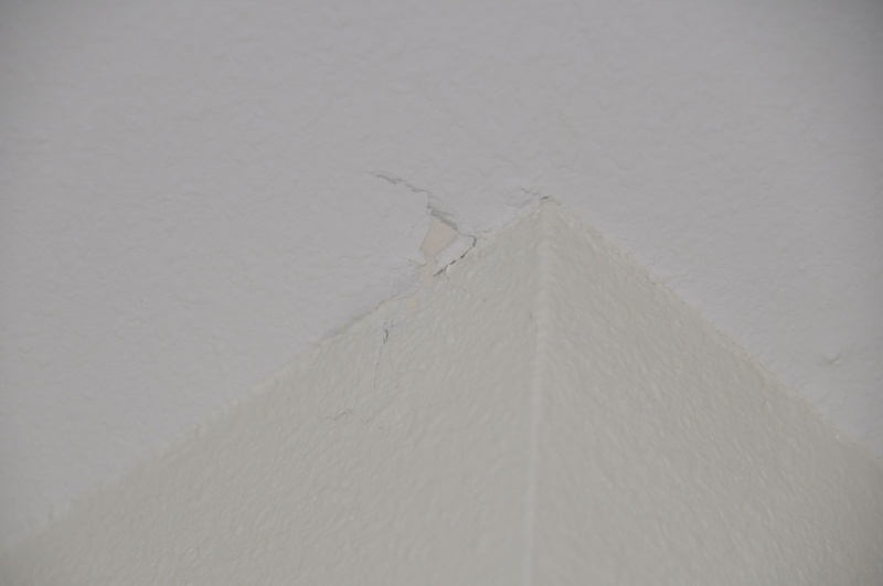 Sheetrock cracks